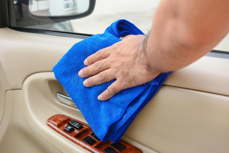 Polishing cloths